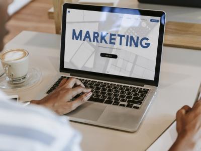 Có nên sử dụng dịch vụ marketing online trọn gói?